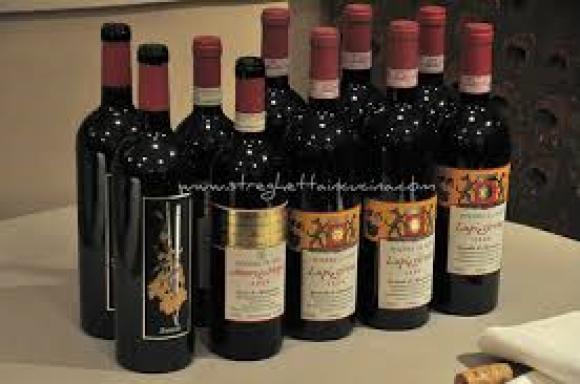 Degustazione Podere Le Ripi Montalcino ( Toscana )
